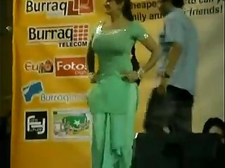 Paki Booby Stage Acctress Saima Khan shaking big boobs on stage