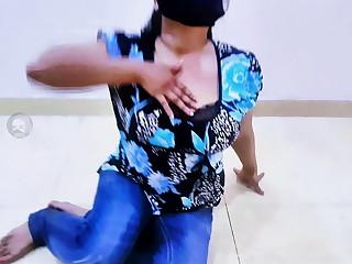 AKH SURMAI VE - BEST LOCAL PAKISTANI GIRL MUJRA DANCE