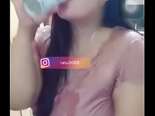 Desi spitting milk on boobs